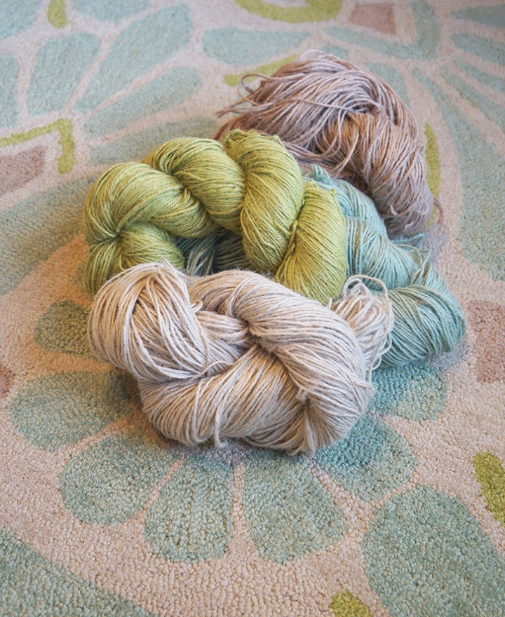 Yarn Balls of Hand Hooked Jute Rugs